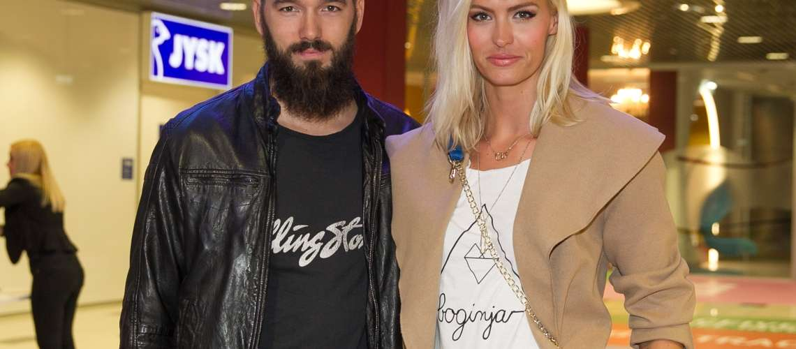 Slovenska manekenka in voditeljica potrdila rojstvo dvojčic