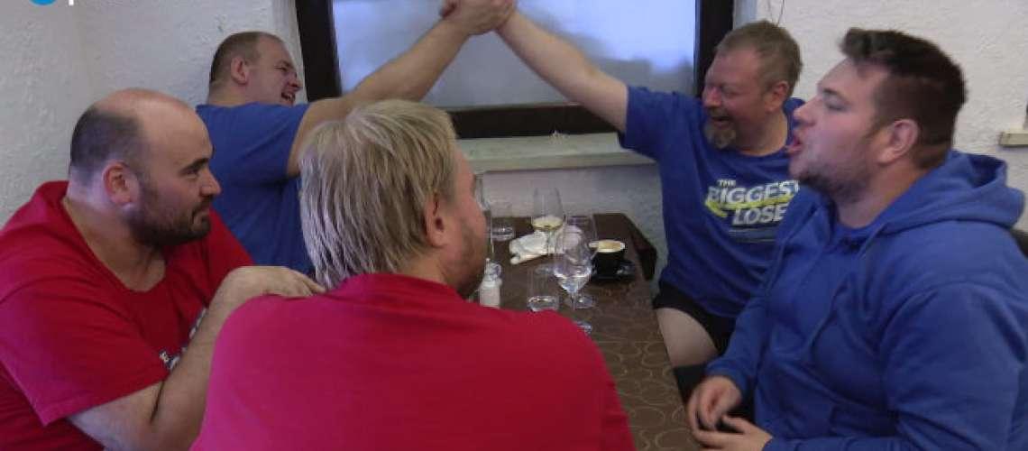 Poglejte, kako se je tekmovalec šova napil!