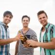 Mož želi s prijatelji na sedem dnevni dopust!