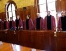 Ustavno sodišče: krščanski prazniki niso diskriminacija muslimanov