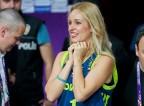 Sanja Modrić s košarkarjem rada skoči tudi v posteljo