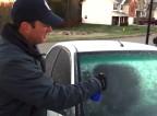 Domači sprej za takojšnje odmrzovanje vetrobranskega stekla
