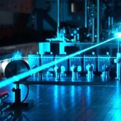 Dnevi fizike s predstavitvami na temo svetlobe