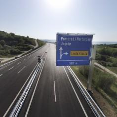 Hitra cesta Koper-Izola in predor Markovec iz zraka