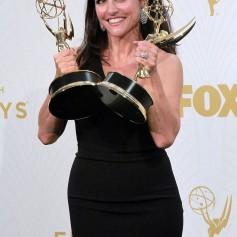 Julia Louis Dreyfus Emmyji - FOTO 1