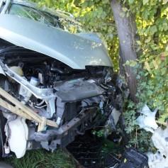 Žeje, siv avtomobil prometna nesreča