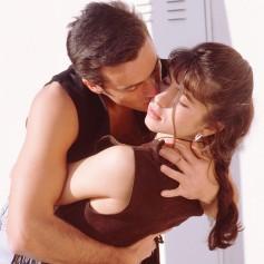 poljub moški ženska