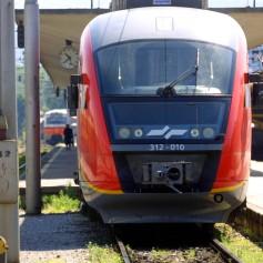 vlak, postaja, železnica