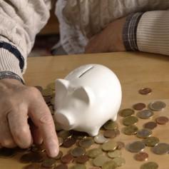 varčevanje, hranilnik, upokojenci, pujsek, denar