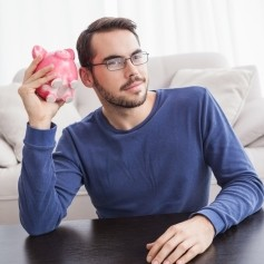 hranilnik, varčevanje, mladi, denar, prihranki