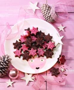 Praznična peka: Čokoladne zvezdice z malinovim prelivom