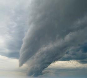 nevihni oblak