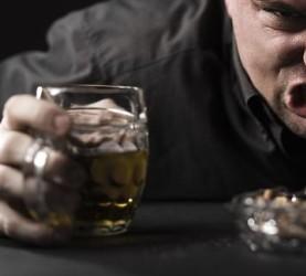 FOTO1 pijani britanec
