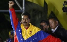 ZDA so diktatorski ekshibiciji Madura udarile s sankcijami