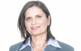 Dr. Andreja Valič Zver: Prva dama ob možu stoji v dobrem in slabem