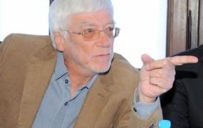 Janko Lorenci, kolumnist Mladine