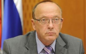 Vinko Gorenak, minister za notranje zadeve, o tem, da nekateri še danes niso izstopili iz partije
