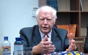 Keith Miles o Türkovi volilni katastrofi