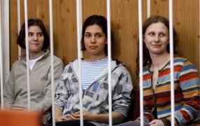 Putin ob rojstnem dnevu kritičen do Pussy Riot
