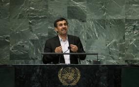 Ahmadinedžad obtožuje Zahod jedrskega ustrahovanja Irana