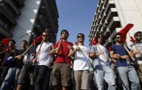 Množična odpuščanja v Grčiji - na cesti 30.000 javnih uslužbencev