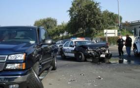 Stoletni voznik v Los Angelesu poškodoval 11 ljudi