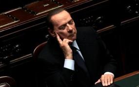 Berlusconi: Ne preostane mi drugega, kot da organiziram revolucijo