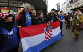 Hrvaška danes na referendumu odloča o članstvu v EU