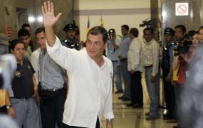Ekvadorski predsednik se je pripravljen pogajati o Assangeu