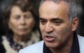 Kasparov presenečen, ker ga je sodišče oprostilo