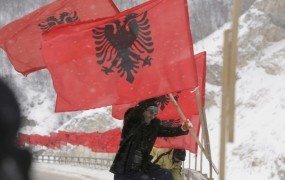 Kosovo s septembrom povsem suverena država