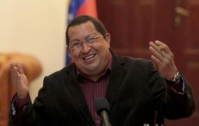 »Umazane laži sovražne drhali« so resnične, Chavez mora spet na operacijo