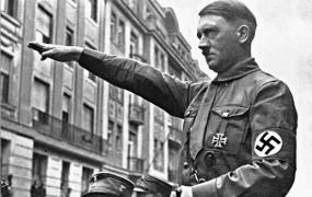 Indijec trgovino z oblačili poimenoval po Adolfu Hitlerju