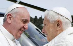 Dva papeža: Benedikt se je vrnil v Vatikan