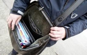 Najbolj leni poštar v Italiji je doma hranil pol tone nedostavljene pošte