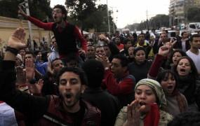 V Kairu izbruhnilo novo nasilje; več mrtvih
