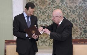 Kljubovalna Sirija: Histerična Savdska Arabija in Katar