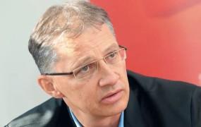 Nenavadno druščino proti Pahorju bi poimenoval koalicija Janša-Zares-Kučan