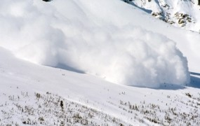 Snežni plaz na Kosovu pokopal sedem ljudi