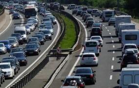 Bolj peklenskega vikenda na cestah letos ne bo