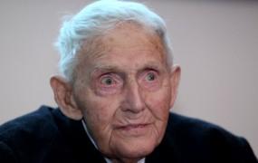 V 108. letu starosti je umrl najstarejši moški preživeli iz koncentracijskih taborišč
