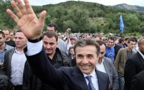 Gruzija premoženje opozicijskega milijarderja prodaja na dražbi