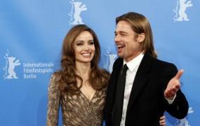 Angelina Jolie in Brad Pitt kupujeta nepremičnino v Istri