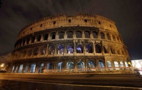 V Rimu migranti posiljujejo in napadajo turistke