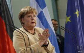 Angela Merkel: Naša srca krvavijo za prizadete Grke
