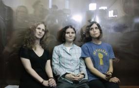 Članice Pussy Riot Putinu: K vragu s pomilostitvijo
