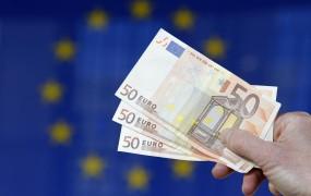 Rekordno nizek tečaj evra