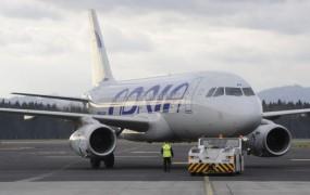 Stavkajoči piloti Adrie: Ne bomo delali več za manj denarja