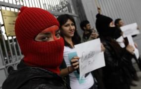 Rusija lovi še preostale članice Pussy Riot