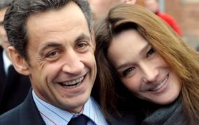Hčerka za Sarkozyja in Carlo Bruni - prvi par Francije je dobil otroka